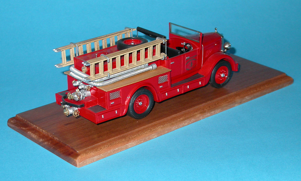 Brianza: 1934 Fiat 635 fire pumper in 1:43 scale . Picture provided by Mauro, 2007-09-02 13:51:09